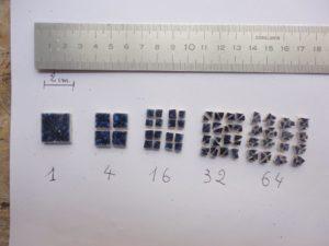 N° 100 - 64 tesselles faites dans un carreaux de 2cm sur 2cm