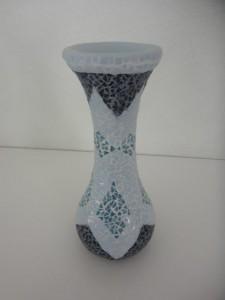 Petit vase en MosaÏque fait avec de toutes petites tésselles